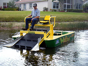 environmentally safe way to tackle the removal of floating lake scum debris, along with aquatic weed removal and control in Wellington,